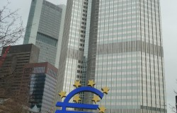 frankfourti (c) elliniki-gnomi.eu